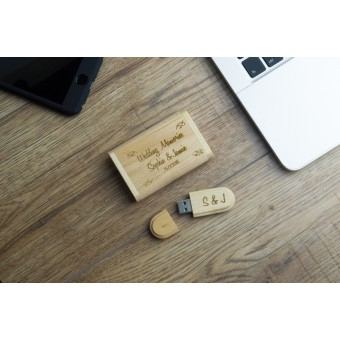 Personalised Wooden USB Drive with Wooden Box - 8Gb